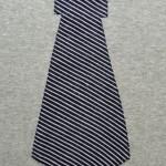 maat 116 grijs met donkerblauwe das 3 klein